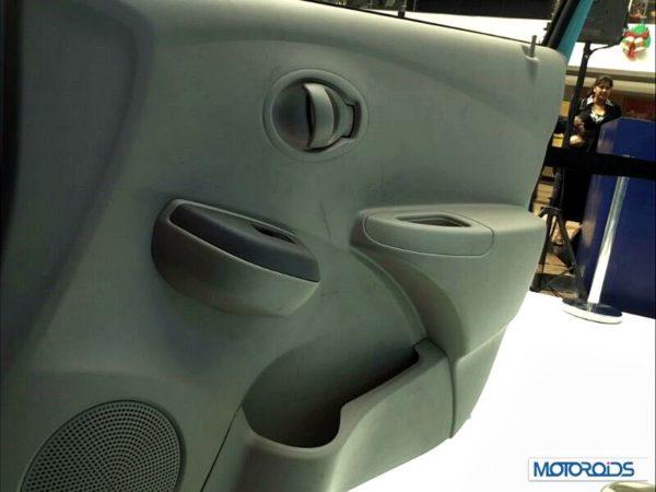 Datsun Go India interior (41)
