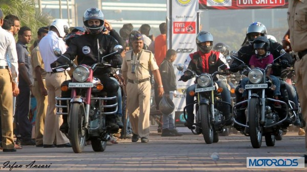 Helmet awareness and women safety Rally with Akshay kumar in Mumbai (2)