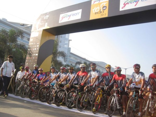 Honda CBR 250R Tour de India pics 2