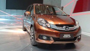 Honda-Mobilio-Brio-MPV-India-launch