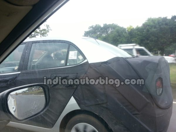 Hyundai-Grand-i10-Sedan-spied-boot