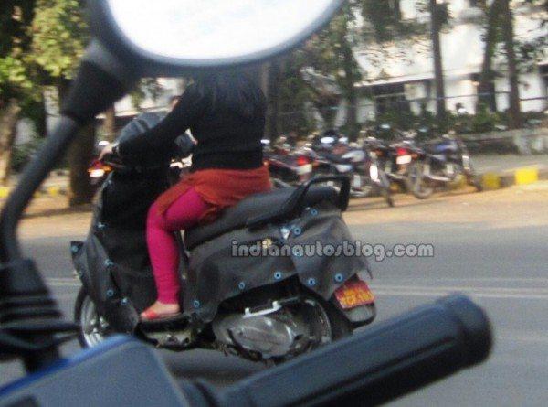 Mahindra-110cc-automatic-scooter-pics