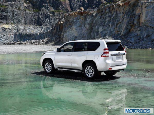 New 2014 Toyota land Cruiser Prado interior exterior India (15)