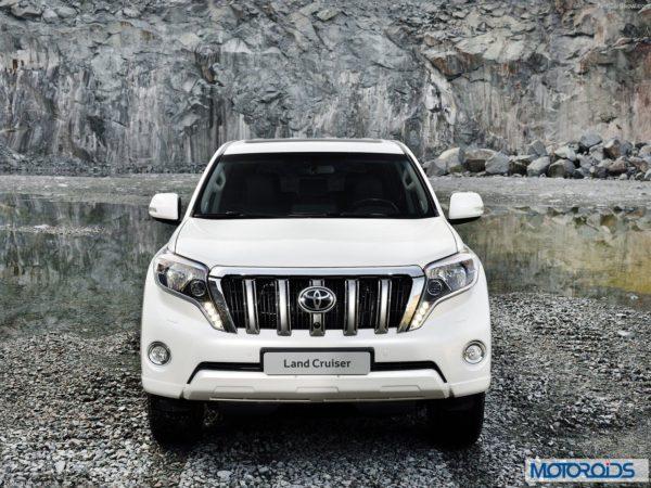 New 2014 Toyota land Cruiser Prado interior exterior India (16)