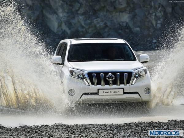New 2014 Toyota land Cruiser Prado interior exterior India (17)