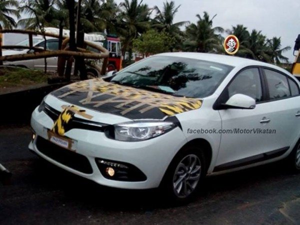 Renault Fluence Facelift Spied in Chennai