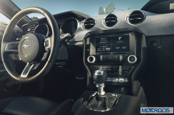 new 2015 Ford Mustang official interior images (1)