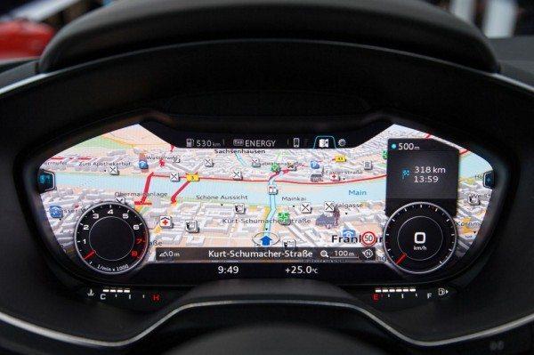 2015-Audi-TT-dashboard-ces-pics-2