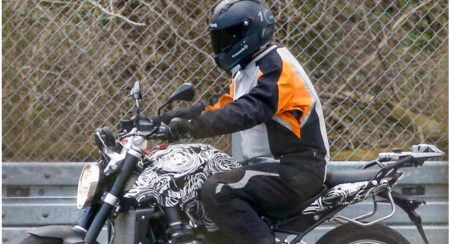 2015 BMW R1200R spy pic