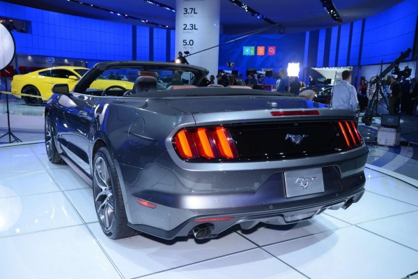 2015-ford-mustang-convertible (1)