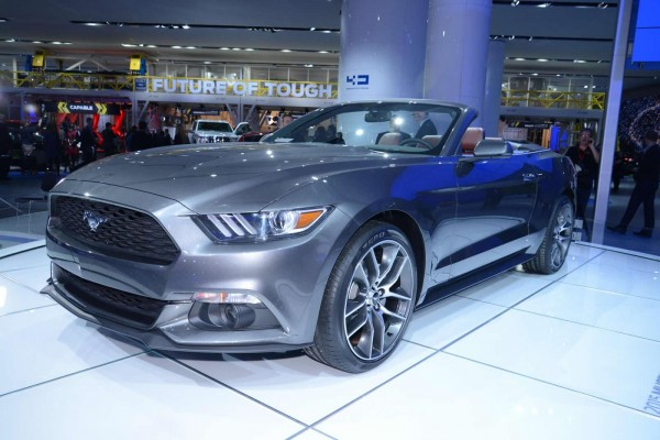 2015-ford-mustang-convertible (2)