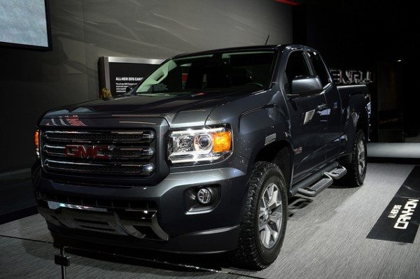 2015-gmc-canyon-2