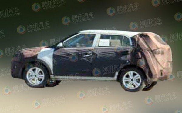 Hyundai-Mini-SUV-spy-pics-2