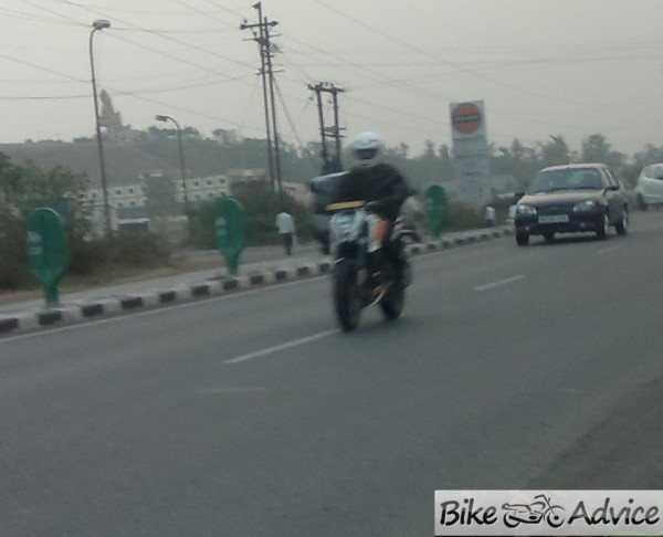 KTM-Duke-200-ABS-India-image-1