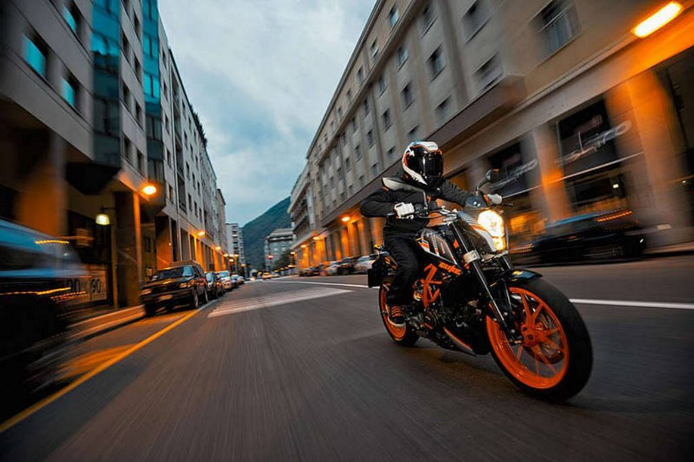 Top 5 modifications for the KTM Duke 200 and 390   Motoroids