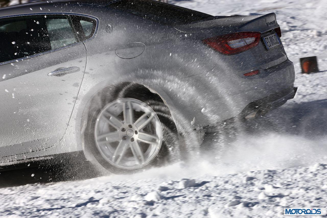 Maserati Quattroporte Q4 on snow (3)