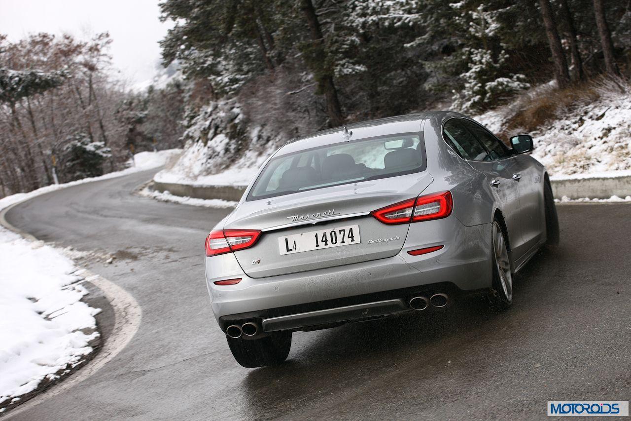 Maserati Quattroporte Q4 on snow