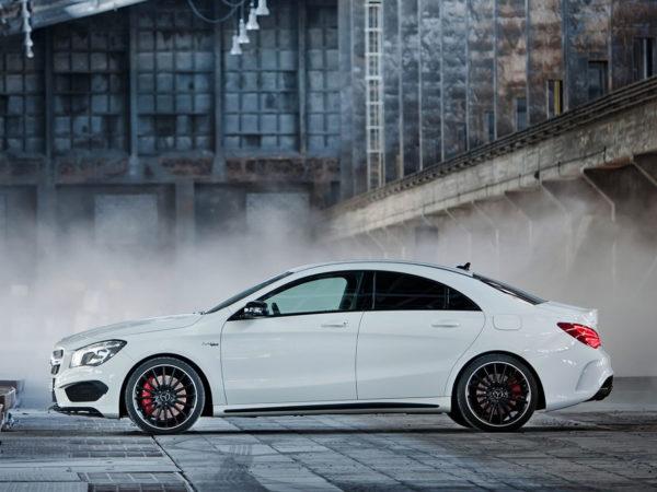 Mercedes-CLA-45-AMG-7