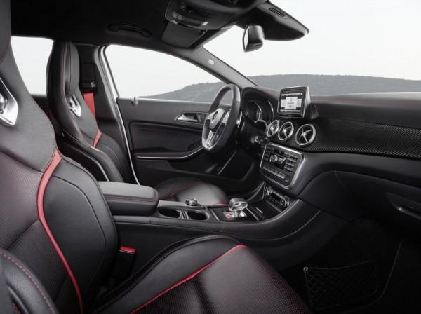 Mercedes-GLA-45-AMG-4