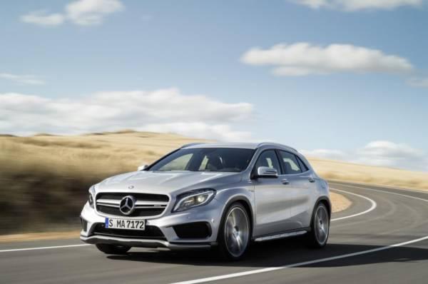 Mercedes-GLA-45-AMG