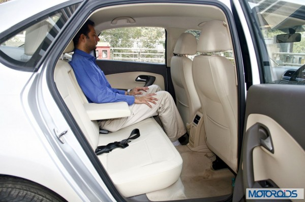 VW Vento 1.2 TSI DSG interior (37)
