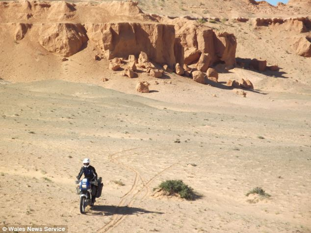 World tour motorcycle stolen-4