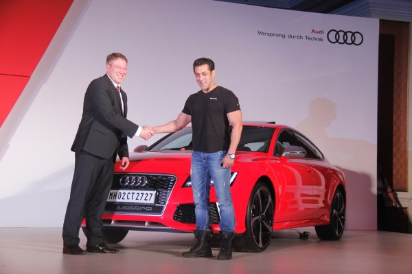 Launch Report- Audi RS 7 India Price, Specs, Pics and other details