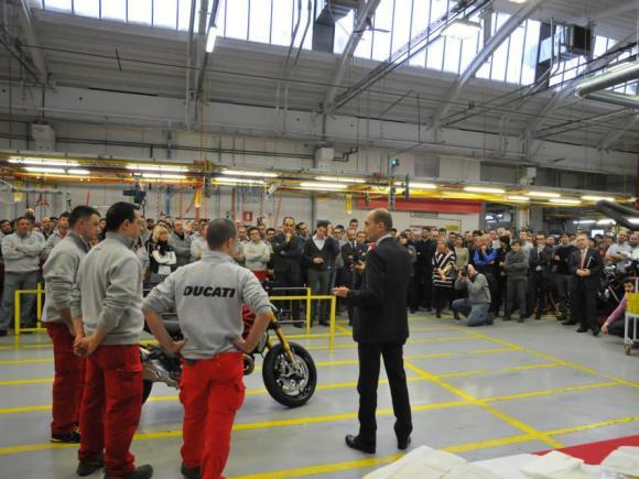 ducati monster 1200 begins production (4)