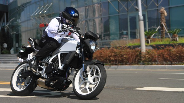 hyosung-gd250n-india-launch