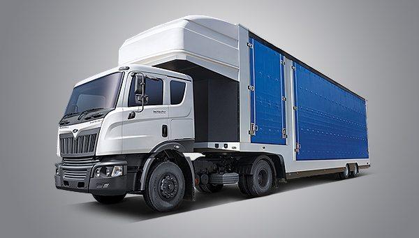 mahindra Trucks and Buses at Auto Expo2014 (1)