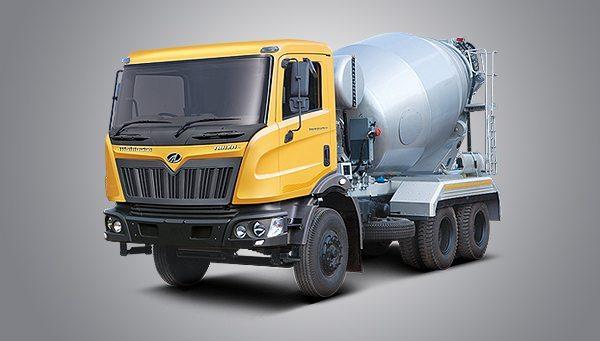 mahindra Trucks and Buses at Auto Expo2014