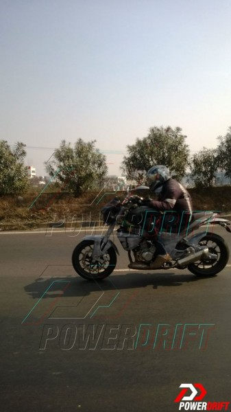 mahindra-mojo-300-launch-spy-images-2