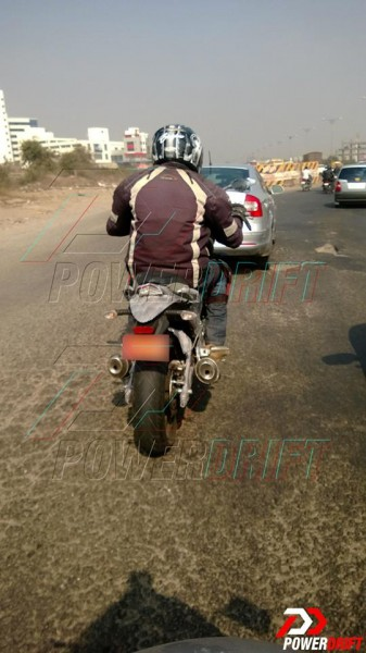 mahindra-mojo-300-launch-spy-images-3