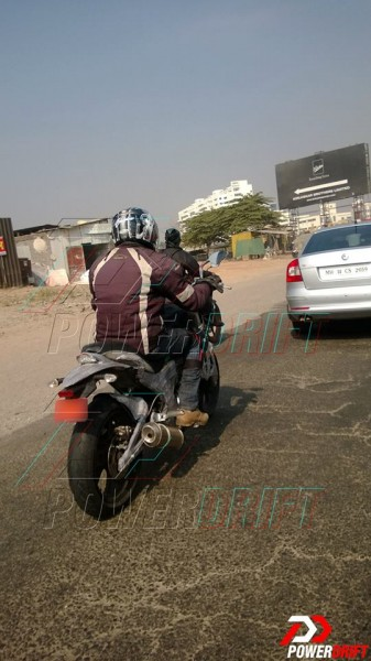 mahindra-mojo-300-launch-spy-images-4