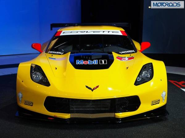 naias-chevrolet-corvette-c7-r-race-car-images-5