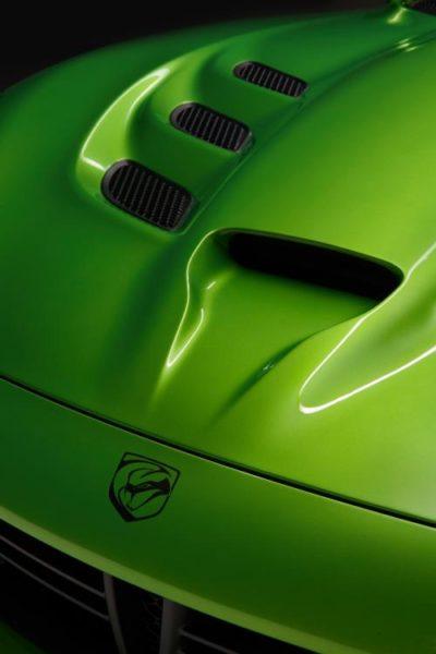 srt-viper--stryker-green-grand-touring-package-pics-5