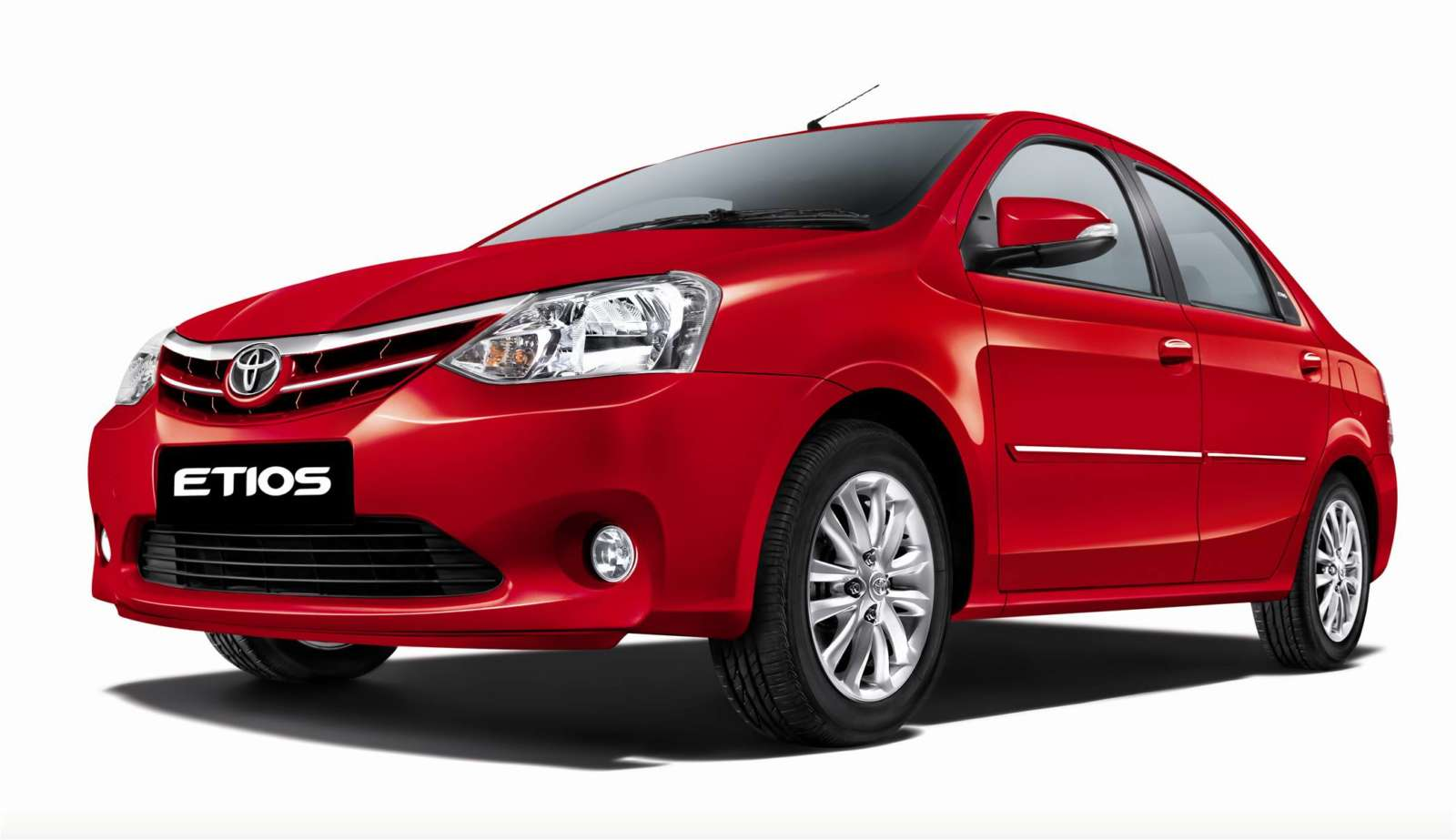 Tkm Launches Toyota Etios And Toyota Etios Liva Refresh Motoroids