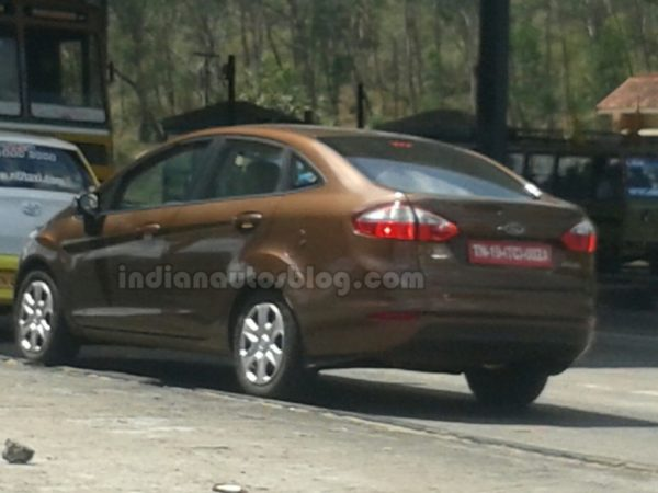 2014-Ford-Fiesta-facelift-India-3