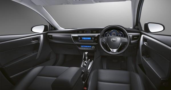 2014-Toyota-Corolla-Altis-ESport-Thailand-images-4