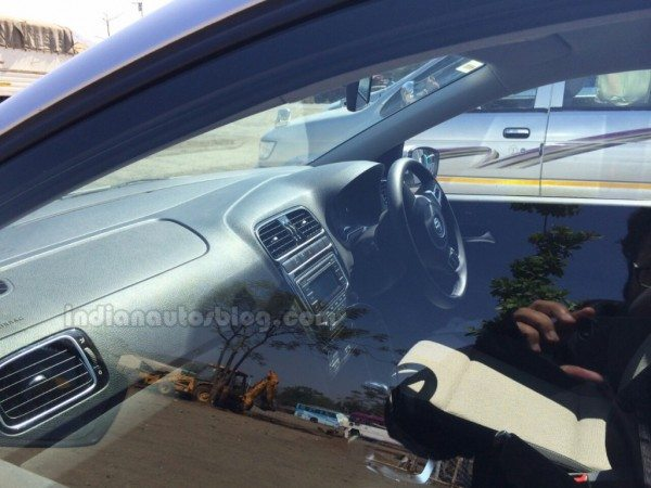 2014-VW-Polo-facelift-india-images-2
