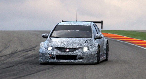 2014-honda-civic-wtcc-race-car-images-1