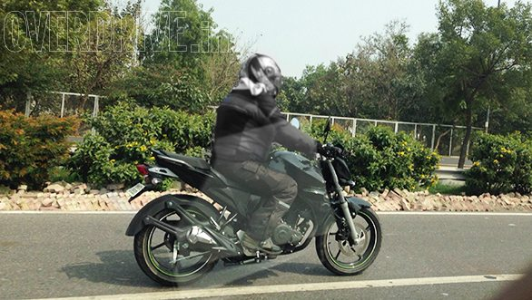 Updated 2014 Yamaha FZ facelift spotted testing!