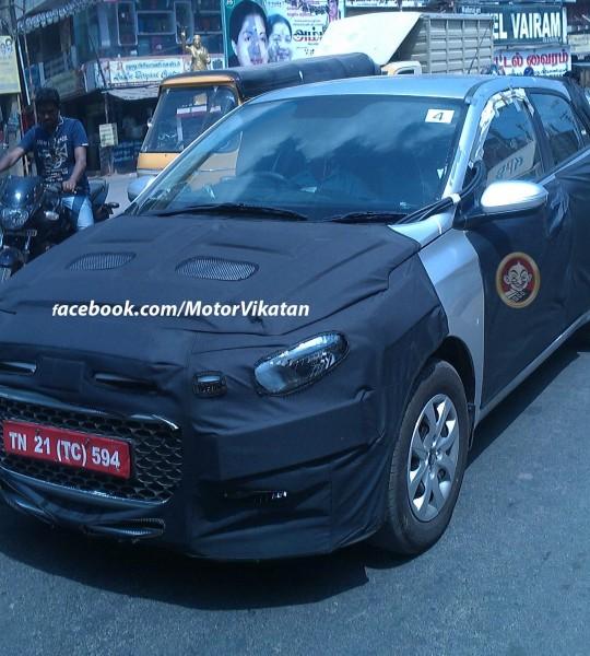 2015-Hyundai-i20-front-spied-chennai