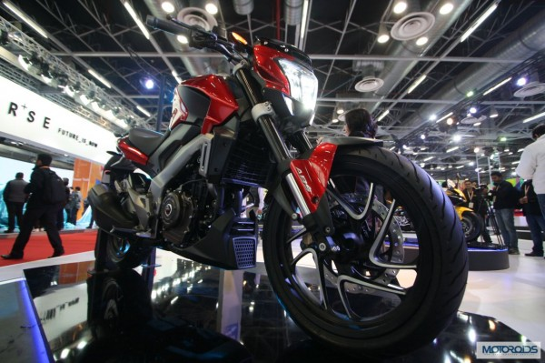 New Bajaj Pulsar Cs 400 Images Features And All The Details