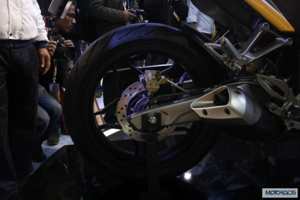 Bajaj Pulsar SS400 Auto Expo 2014 (16)