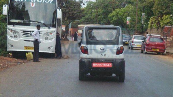 Bajaj-RE60-India-launch-images- (1)