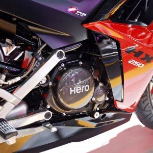 Hero HX250R auto Expo 2014 (15)