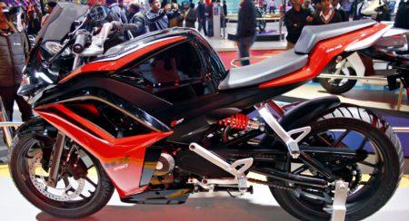 Hero HX250R auto Expo 2014 (6)