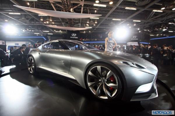Hyundai HND-9 Venace Concept Auto Expo 2014 (18)