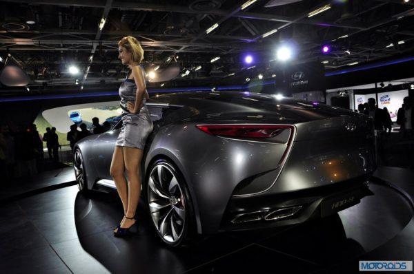 Hyundai HND-9 Venace Concept Auto Expo 2014 (3)